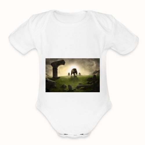 king bear with cubs merchandise - Organic Short Sleeve Baby Bodysuit