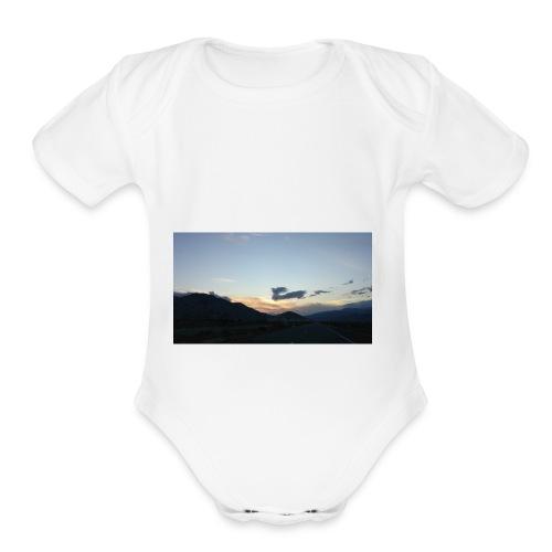 On the road again - Organic Short Sleeve Baby Bodysuit