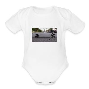Vlogging central - Short Sleeve Baby Bodysuit