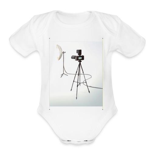 Camera 🎥 - Organic Short Sleeve Baby Bodysuit