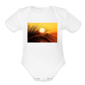 beautiful jamaica - Short Sleeve Baby Bodysuit