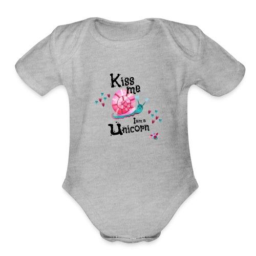 Kiss me - I am Unicorn - Organic Short Sleeve Baby Bodysuit