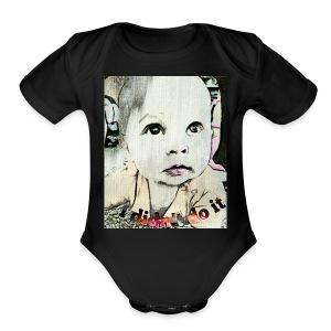 Didn't do it - Short Sleeve Baby Bodysuit