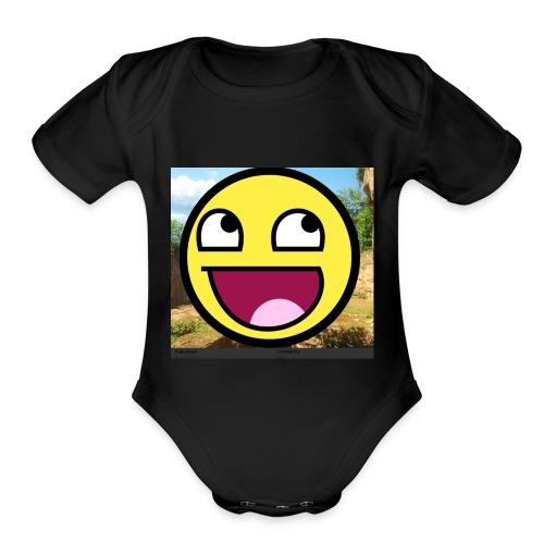 7BF230E1 0560 42CF B3DA D1C714EB80AF - Organic Short Sleeve Baby Bodysuit
