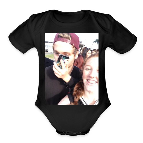 Luke Hemmings with a phone in his face - Organic Short Sleeve Baby Bodysuit