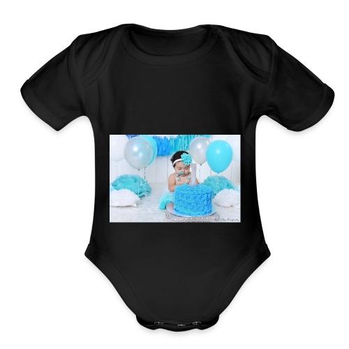 alex9 - Organic Short Sleeve Baby Bodysuit