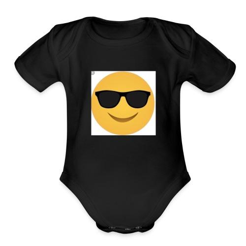IMG E0629 - Organic Short Sleeve Baby Bodysuit