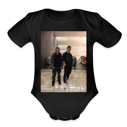 D8ACE858 2D7F 4AA8 9D9D DF25BA7D0EDA - Organic Short Sleeve Baby Bodysuit