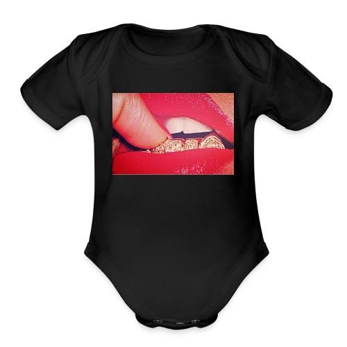 Pretty Girlz Hustle - Organic Short Sleeve Baby Bodysuit