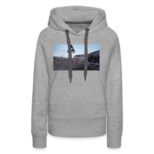 banner tshirt - Women's Premium Hoodie