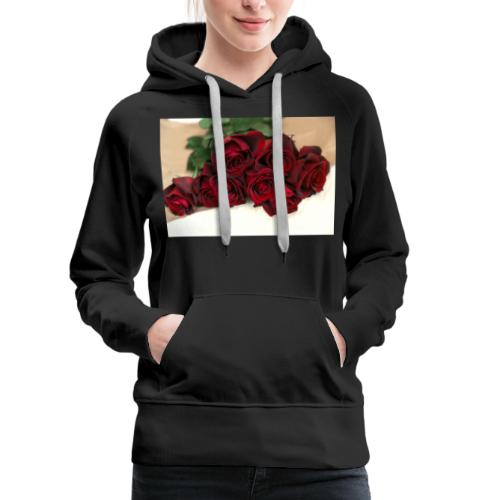 red rose bouquet on table - Women's Premium Hoodie