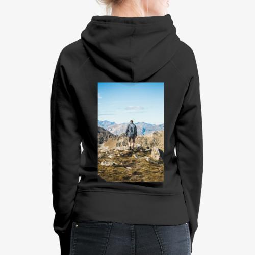 man hiking - Women's Premium Hoodie