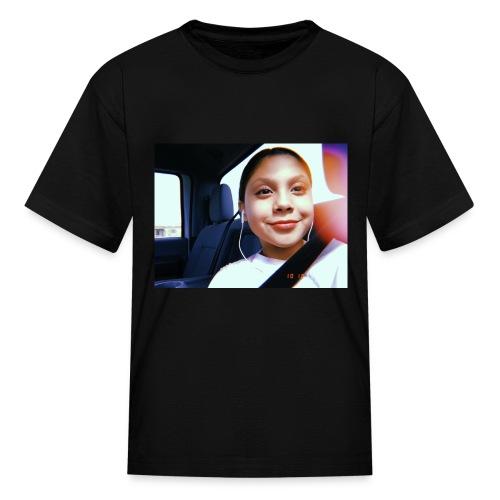 BC21F3E8 F0E6 4E72 9BB2 2FE570653A33 - Kids' T-Shirt