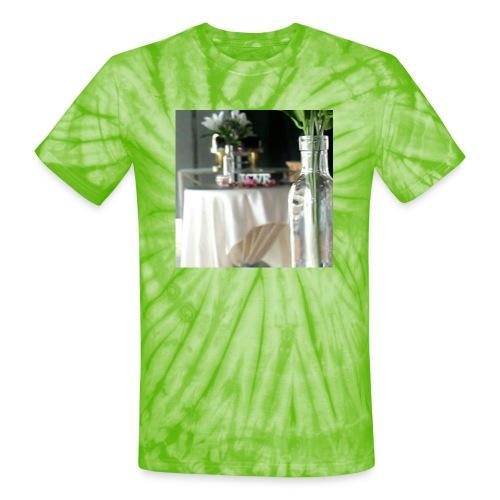 Spread the Love! - Unisex Tie Dye T-Shirt