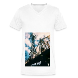 Ed Koch bridge - Men's V-Neck T-Shirt by Canvas