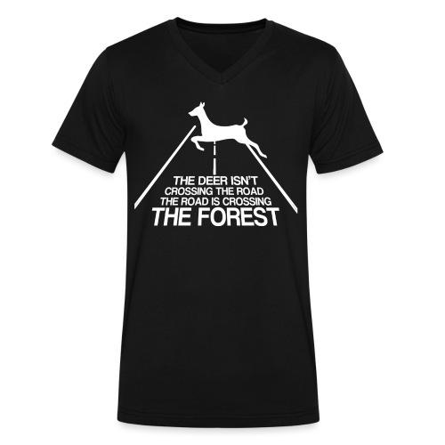 Deer's forest white - Men's V-Neck T-Shirt by Canvas