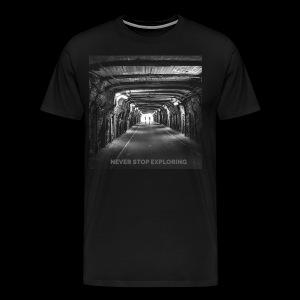 Never stop exploring - Men's Premium T-Shirt