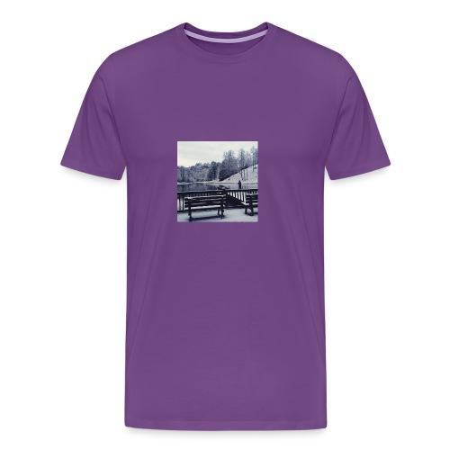 Henry Fishing in the Snow - Men's Premium T-Shirt