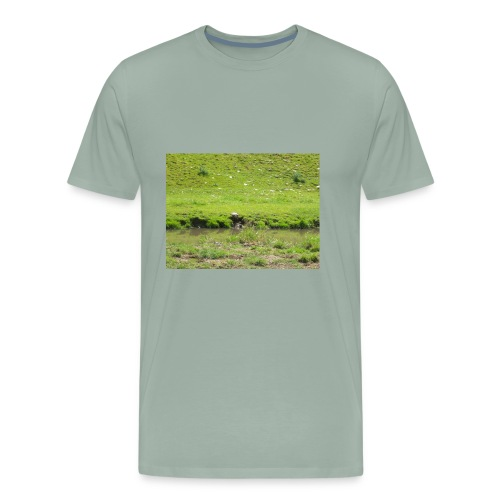 creek - Men's Premium T-Shirt