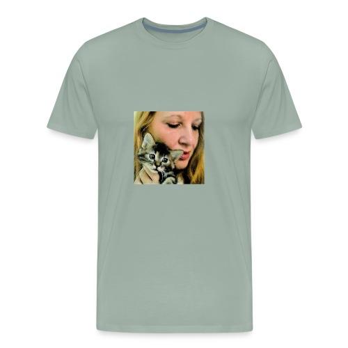 Beautiful kitten... - Men's Premium T-Shirt