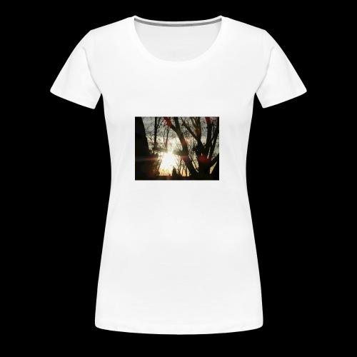 Bright sun rising through the trees in the desert - Women's Premium T-Shirt