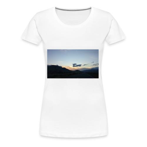 On the road again - Women's Premium T-Shirt