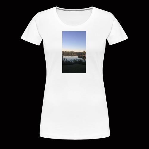 Wet - Women's Premium T-Shirt