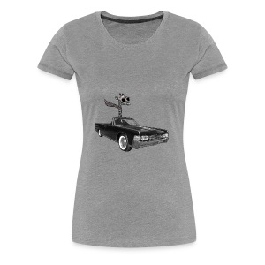 Retro Vintage Giraffe Car Road-Trip - Women's Premium T-Shirt