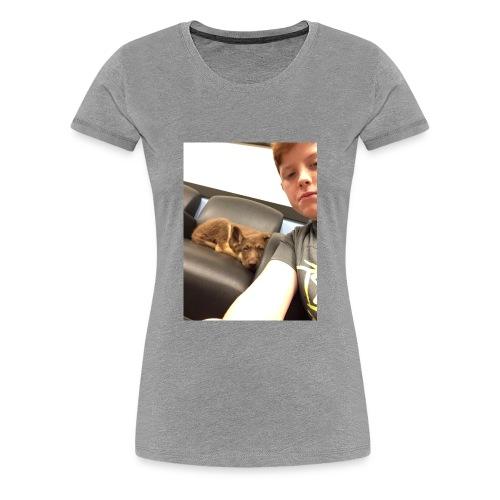 Kimber the puppy - Women's Premium T-Shirt