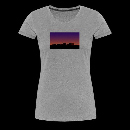 The Weekend Wagon Sunset Logo - Women's Premium T-Shirt