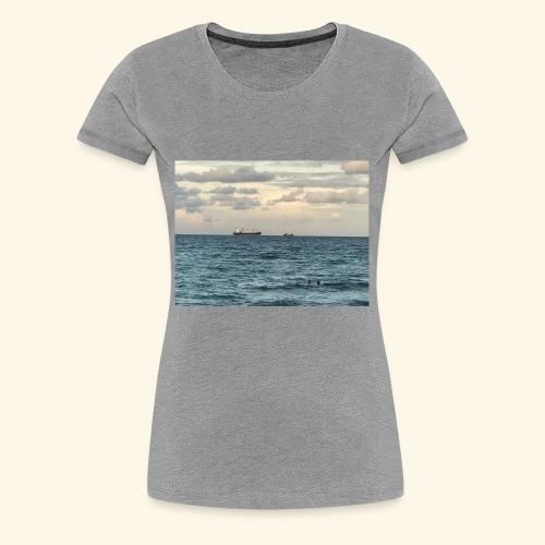 B3F6283A 4C86 48AF 8AE2 FFB270F685BB - Women's Premium T-Shirt