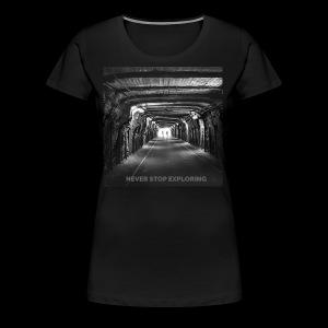 Never stop exploring - Women's Premium T-Shirt