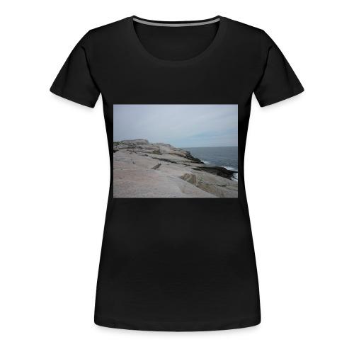 P1000118 - Women's Premium T-Shirt