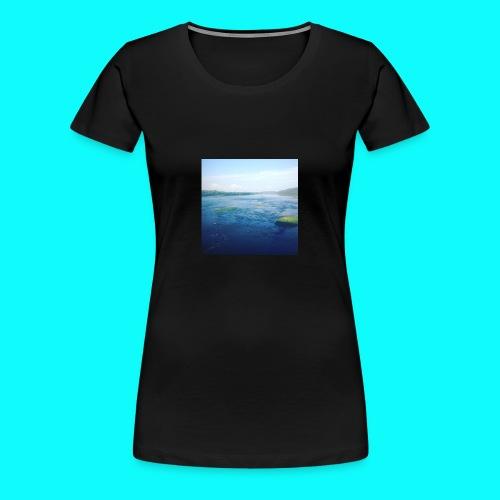Island - Women's Premium T-Shirt