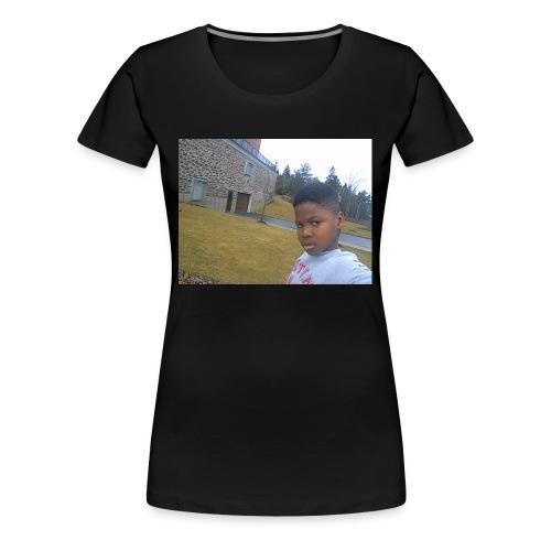 HANIEL Byoutube comeELLE 007 - Women's Premium T-Shirt