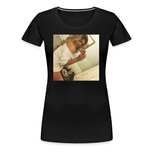B.HARDY SHY SELFIE - Women's Premium T-Shirt
