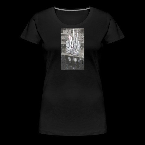 Altar - Women's Premium T-Shirt