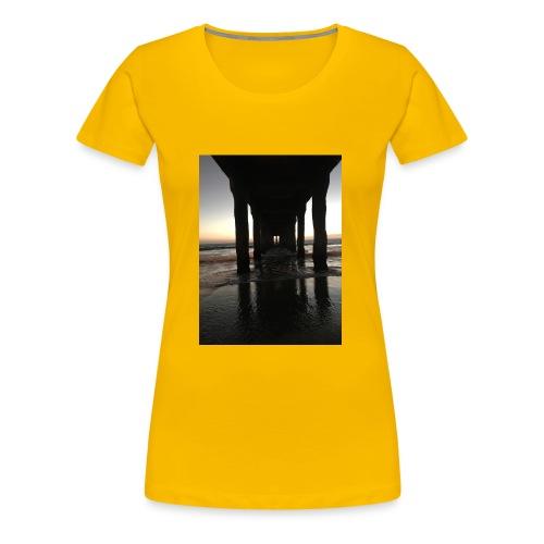 Manhattan Beach, Ca. - Women's Premium T-Shirt