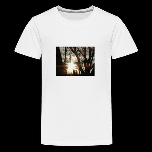 Bright sun rising through the trees in the desert - Kids' Premium T-Shirt
