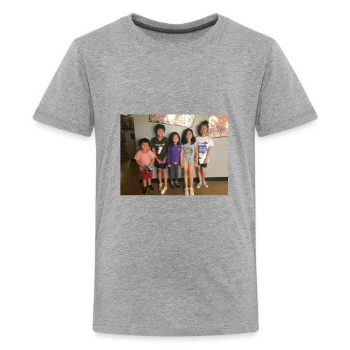56EF43E5 70CE 4ACC 81CF 7A6B07D4C106 - Kids' Premium T-Shirt