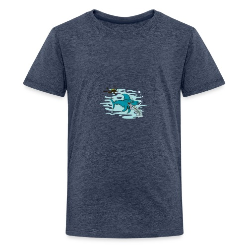 Wild shark feeling disgusted when seeing a diver - Kids' Premium T-Shirt