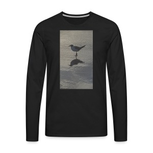 Sea Gull on Beach - Men's Premium Long Sleeve T-Shirt