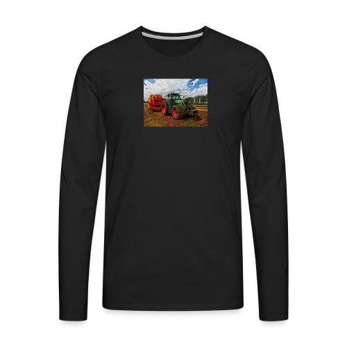 Tractor on a farm! - Men's Premium Long Sleeve T-Shirt