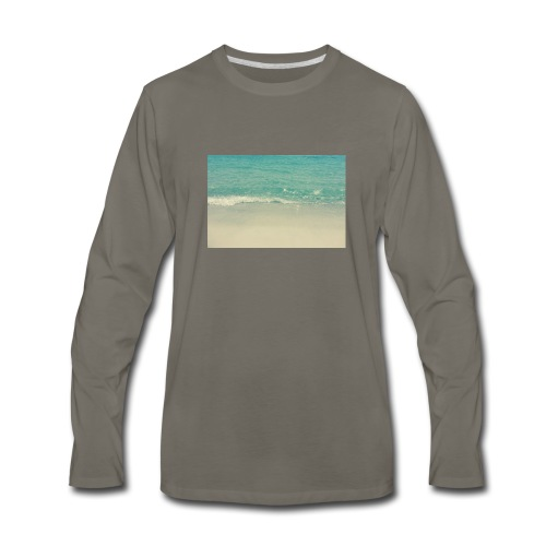 Love the beach. - Men's Premium Long Sleeve T-Shirt