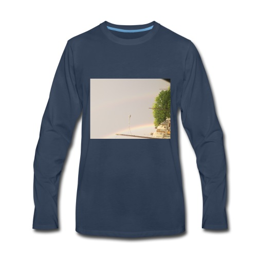 The close up - Men's Premium Long Sleeve T-Shirt