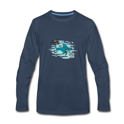 Wild shark feeling disgusted when seeing a diver - Men's Premium Long Sleeve T-Shirt