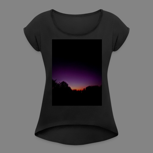 purple sunrise - Women's Roll Cuff T-Shirt