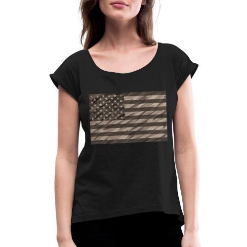 desert cammo flag t - Women's Roll Cuff T-Shirt