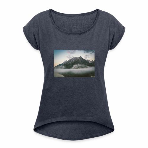 mountain view - Women's Roll Cuff T-Shirt