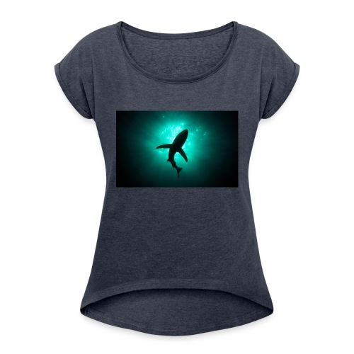 Shark in the abbis - Women's Roll Cuff T-Shirt